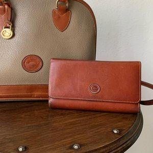 Dooney & Bourke Vtg. Leather Wallet Organizer EUC
